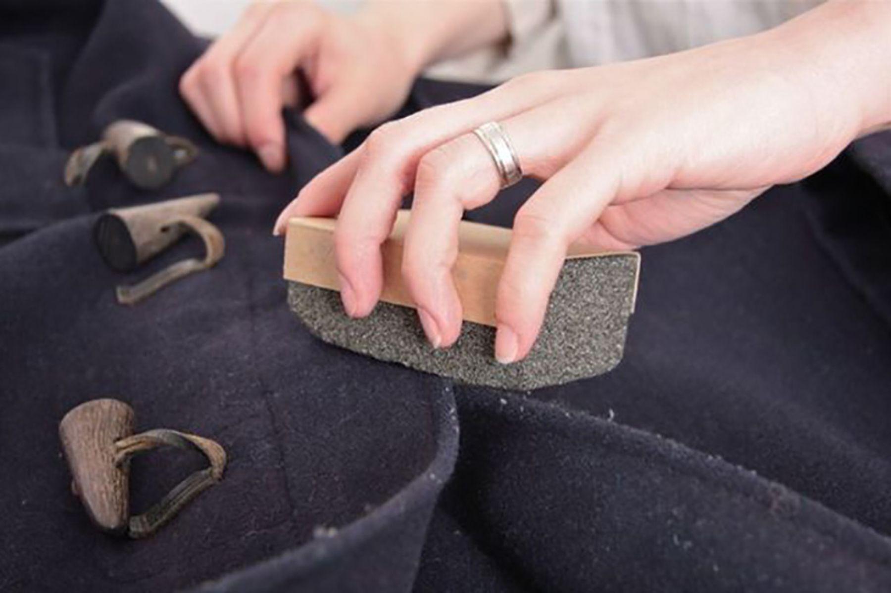 Hướng dẫn bảo quản áo khoác không bị đổ lông và bền lâu