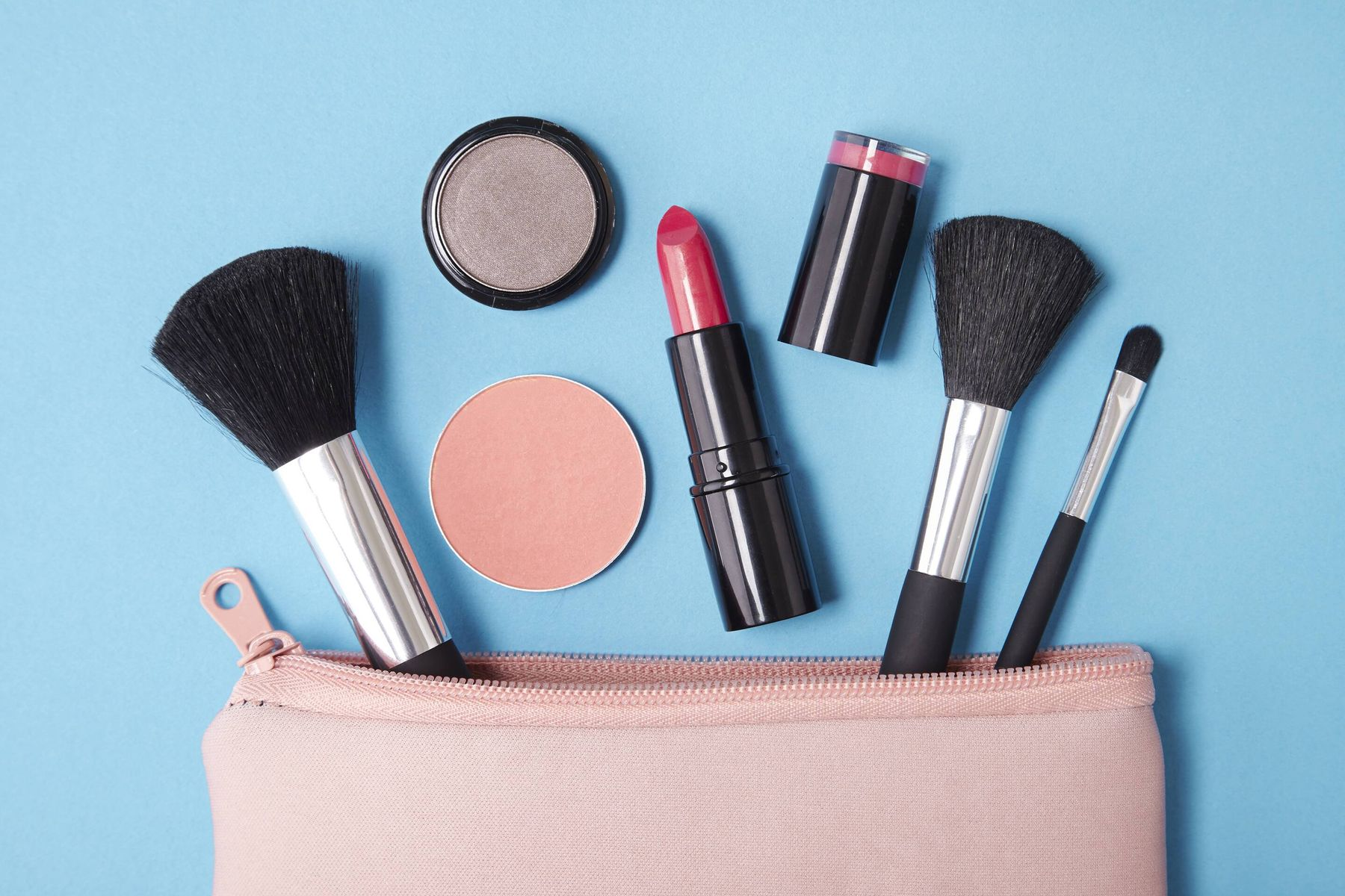 Simple Method to Deep-Clean Your Make-up Bag