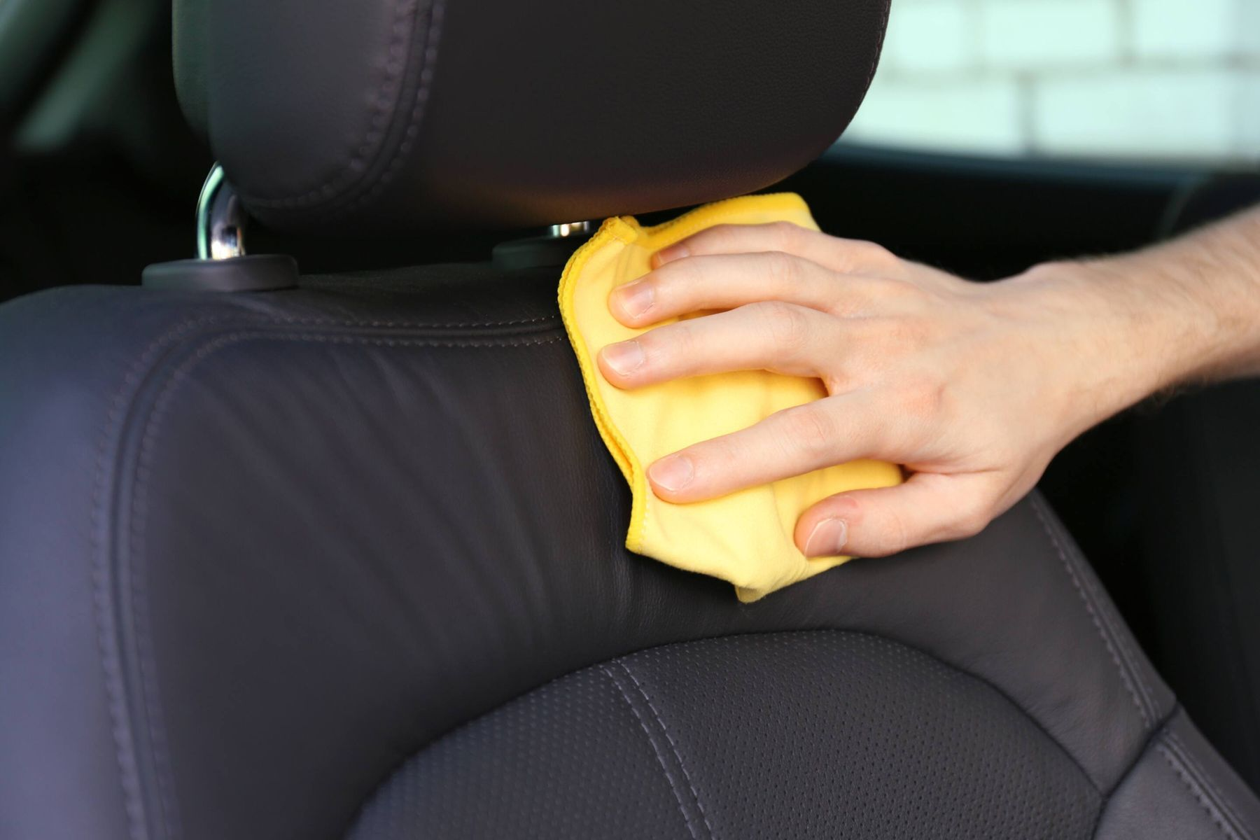 Araba Temizliği Nasıl Yapılır?
