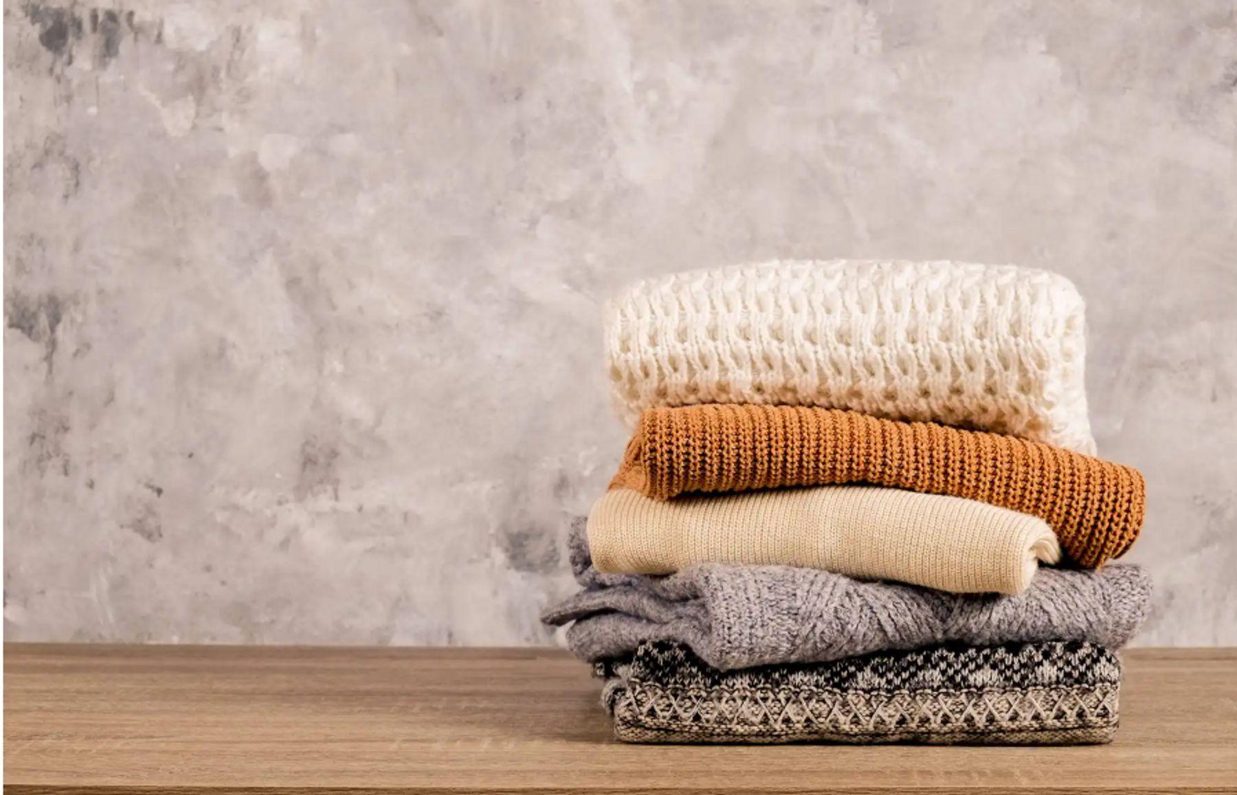 Kiểu khăn bản to tác dụng giữ ấm cao | Cleanipedia