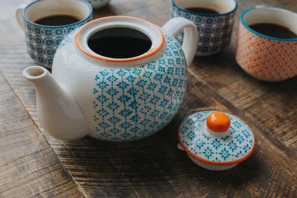 czajniczek i filiżanki
