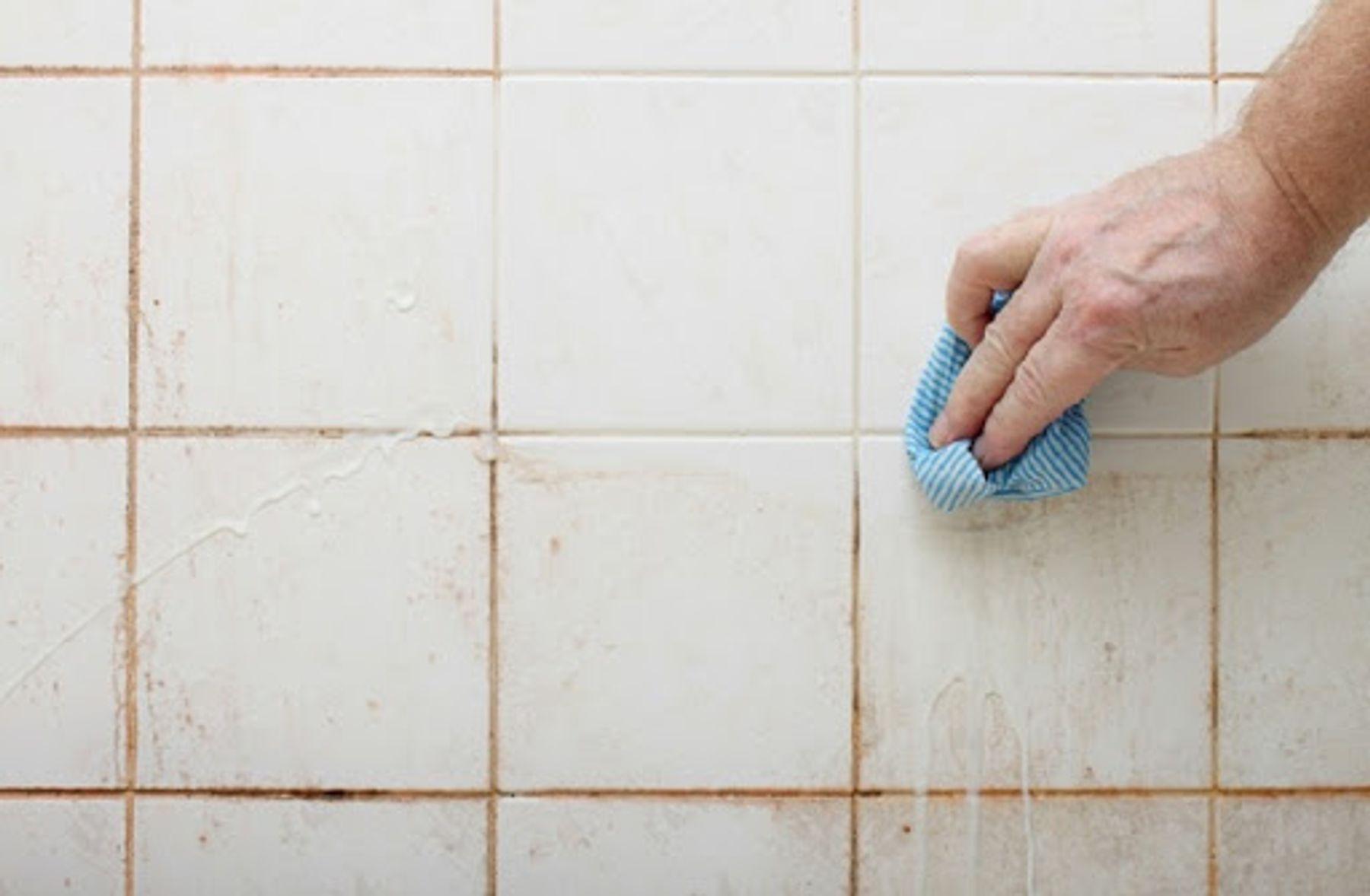 Nước tẩy rửa nhà vệ sinh chuyên dụng an toàn nhất