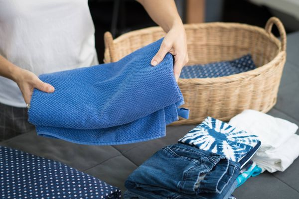 Tips to Use Less Water When Hand-Washing Your Clothes