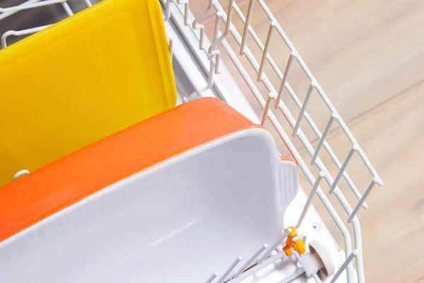 Cómo usar detergente para tu vajilla