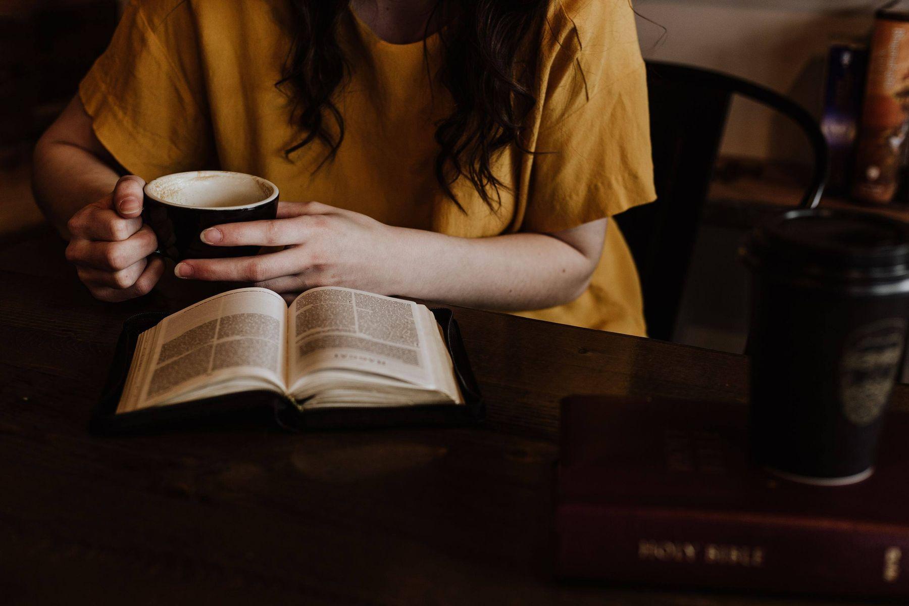 Kitap Okuma Köşesi Nasıl Hazırlanır?