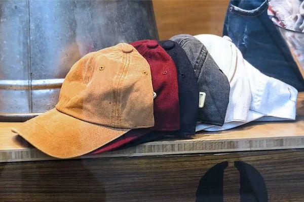 Cómo lavar una gorra a mano de manera efectiva