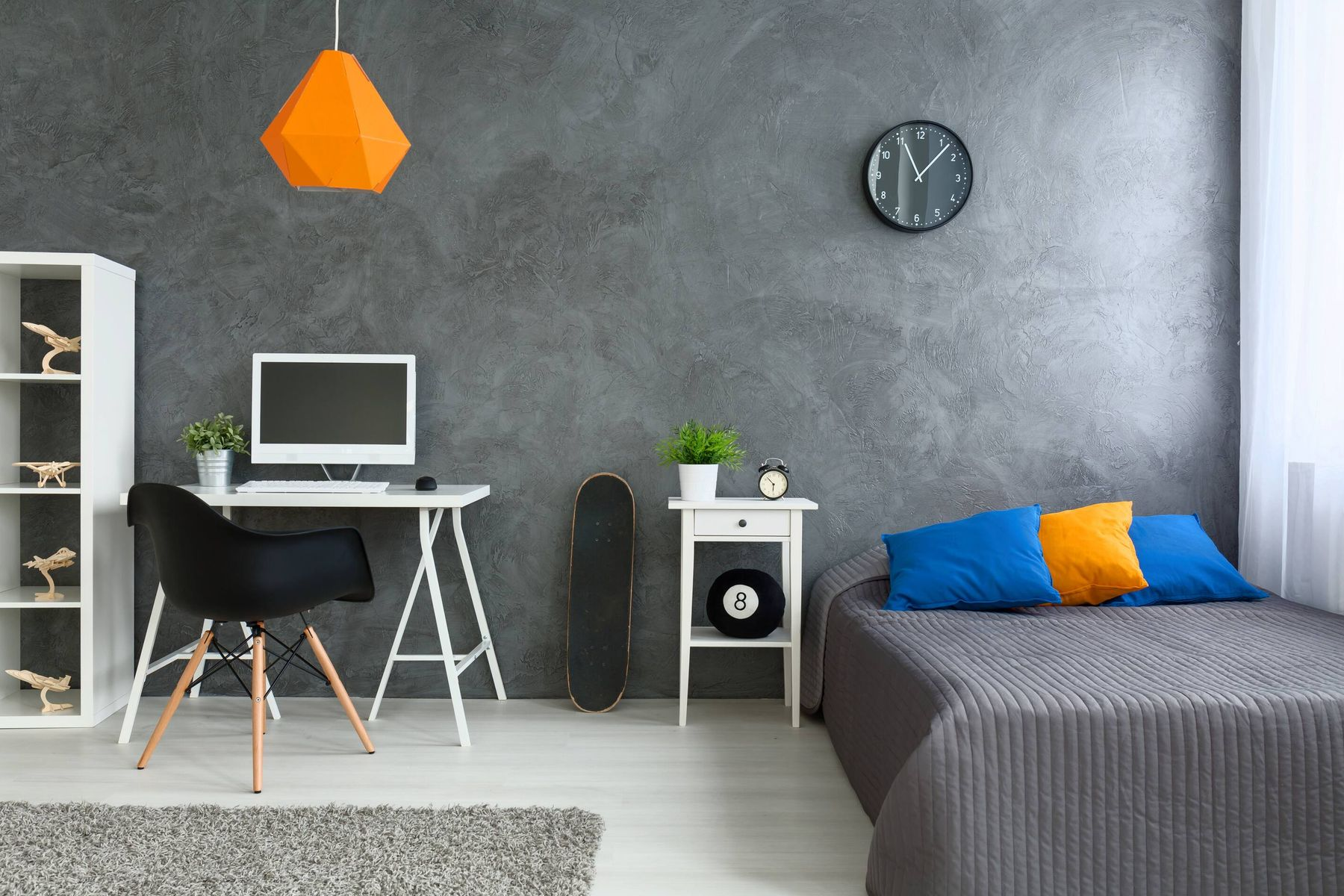Cleaning Tips to Remove Messy Hand Stains From Your Bedroom Walls!