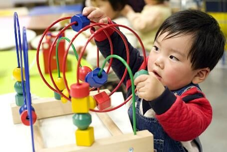 Cần tránh ngay 5 đồ chơi này để bảo vệ bé nhà bạn