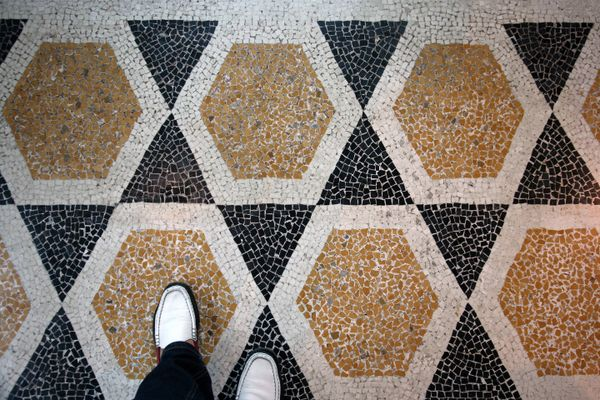 How to Remove Black Stains from your Mosaic Flooring | Get Set Clean