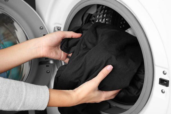 Siyah Çamaşırlar