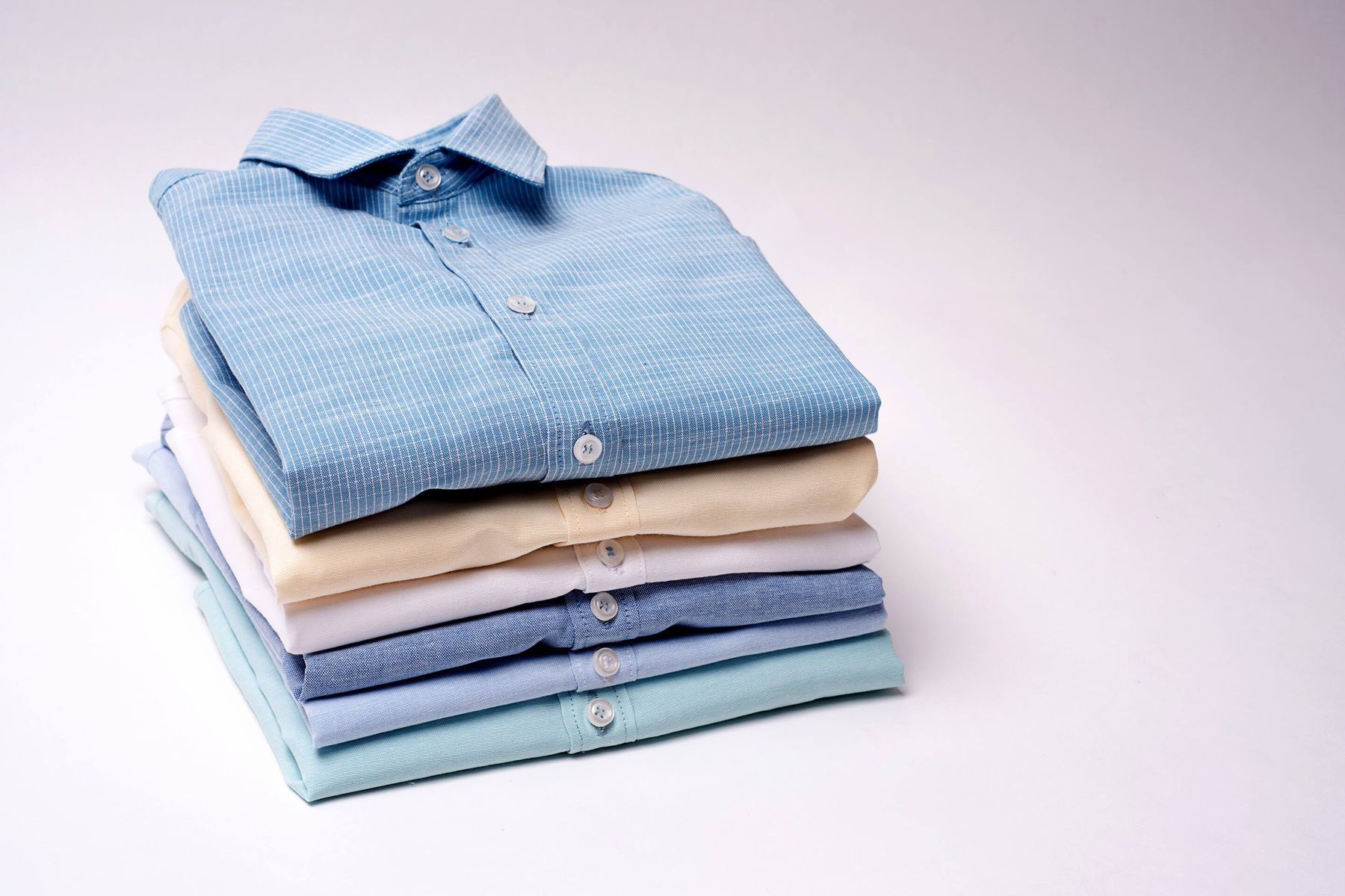 How to starch your cotton shirts to make them crisp