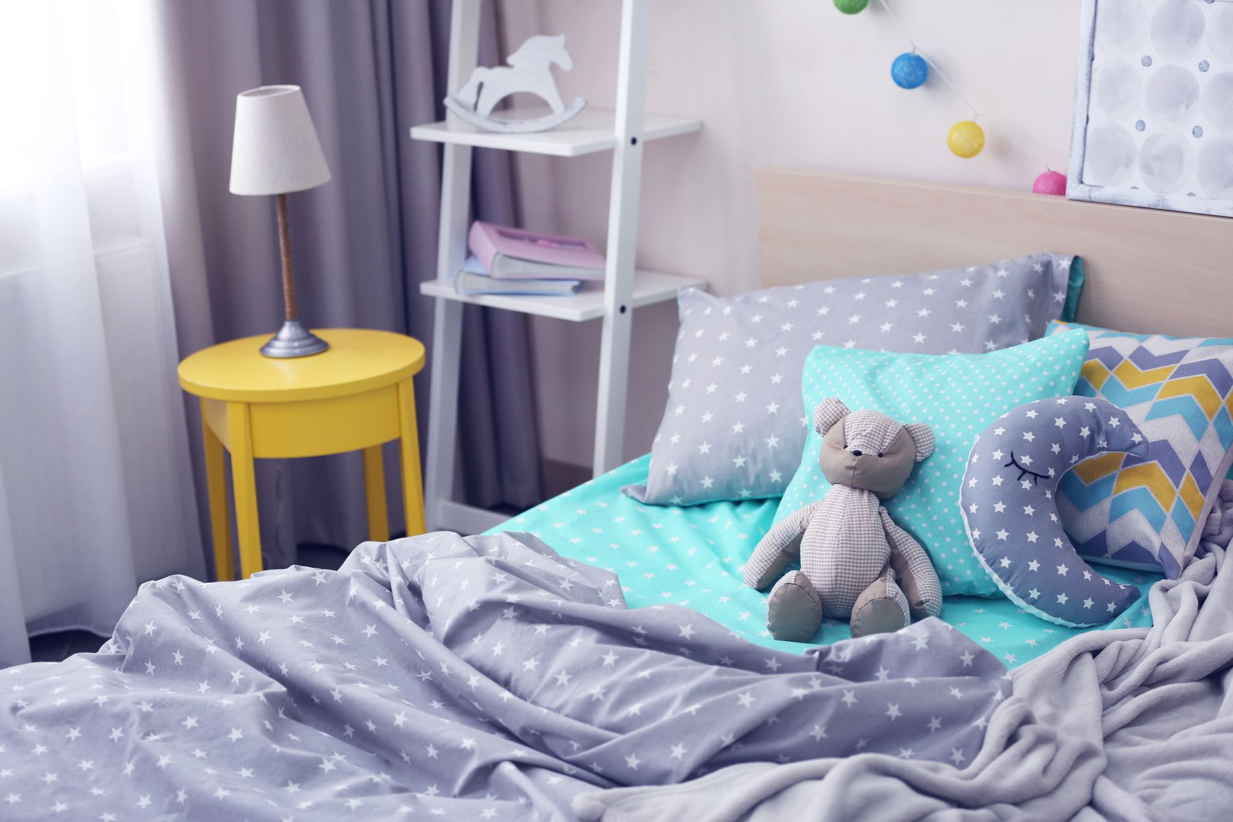 How to Clean Snacks Stains from Your Child's Bed Sheet shutterstock 423342997