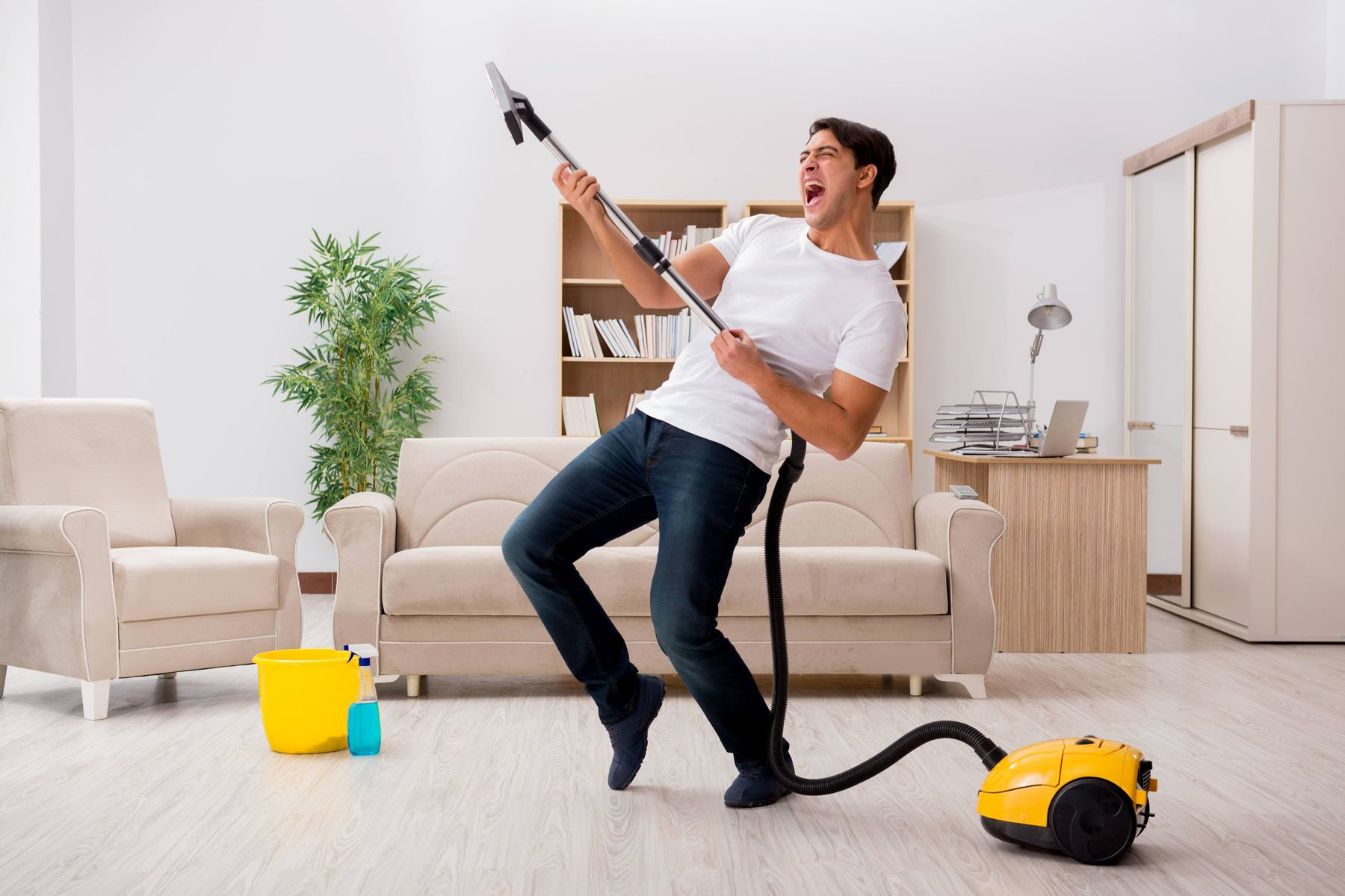 How to deep clean your house: General cleaning and moving out cleaning advice