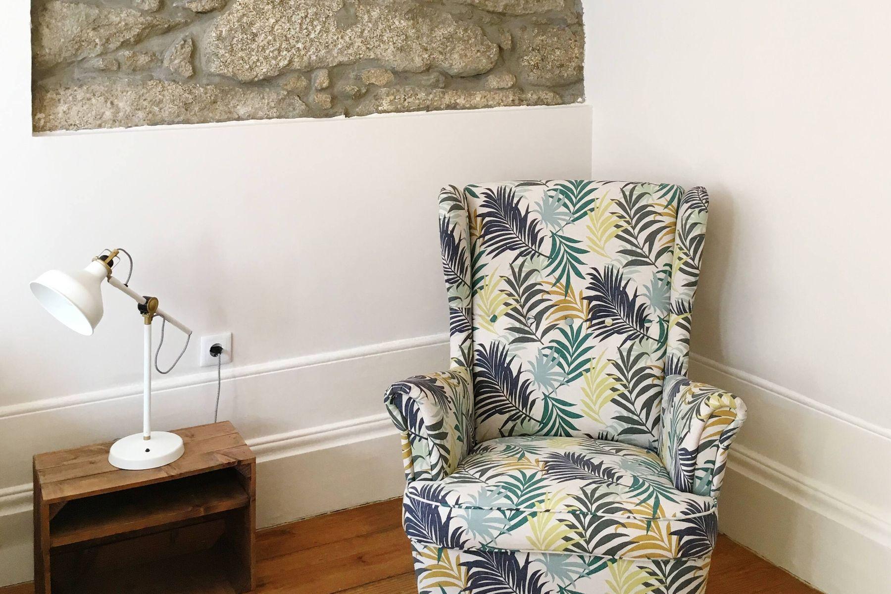 cách giặt ghế sofa tại nhà giá rẻ tiết kiệm và sạch đẹp như mới