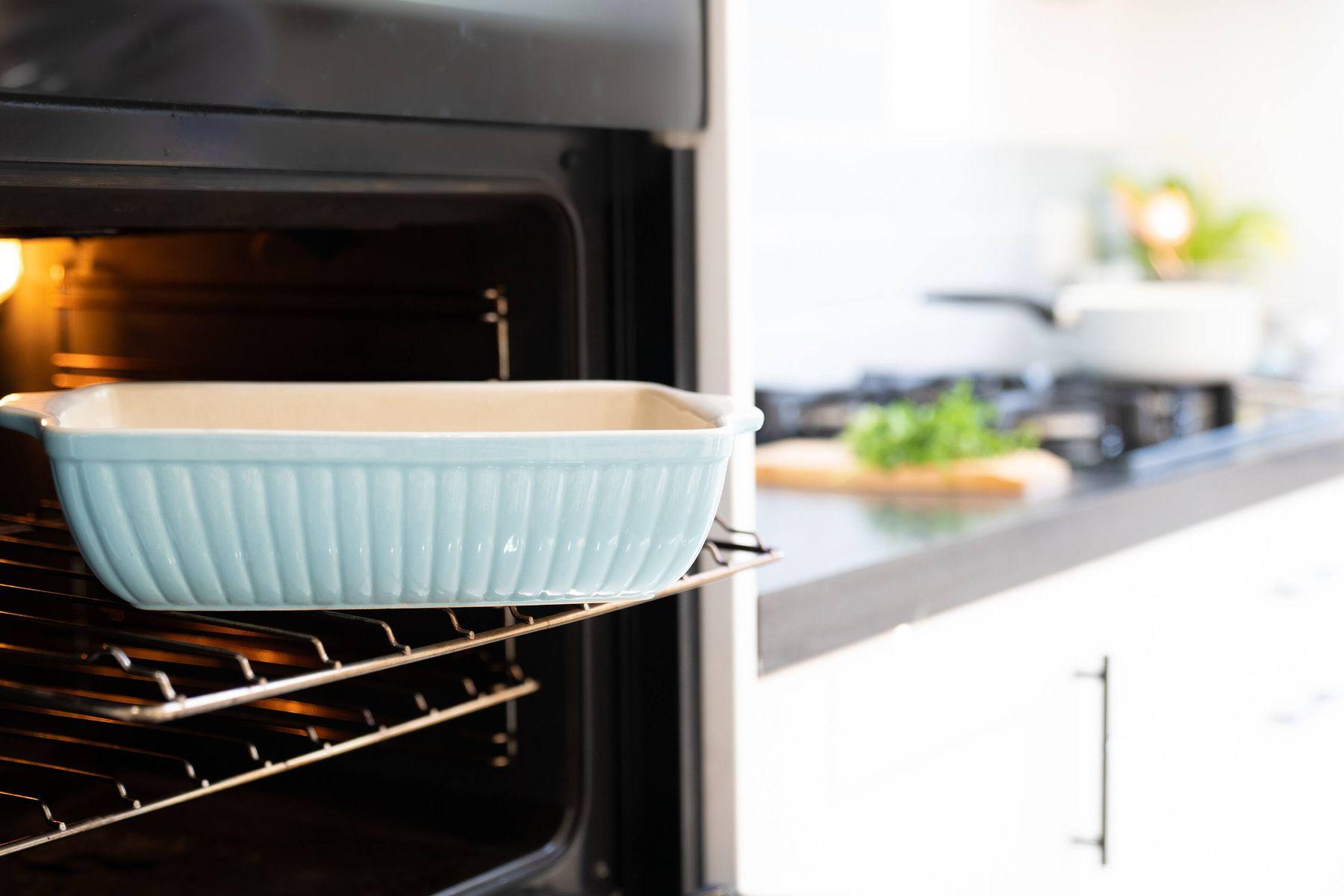 Como se limpia un horno eléctrico correctamente