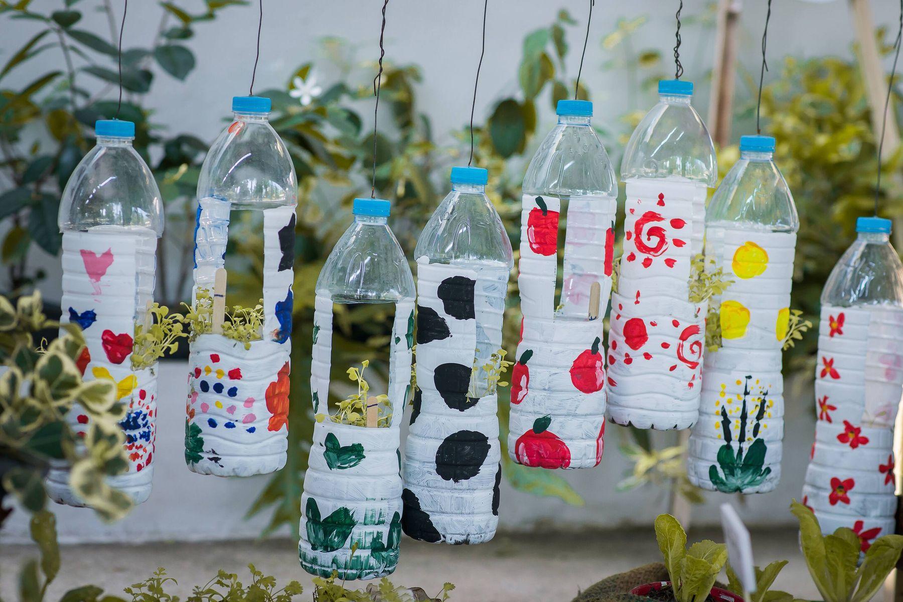 Cách tái chế chai nhựa trồng hoa đặc sắc và độc đáo