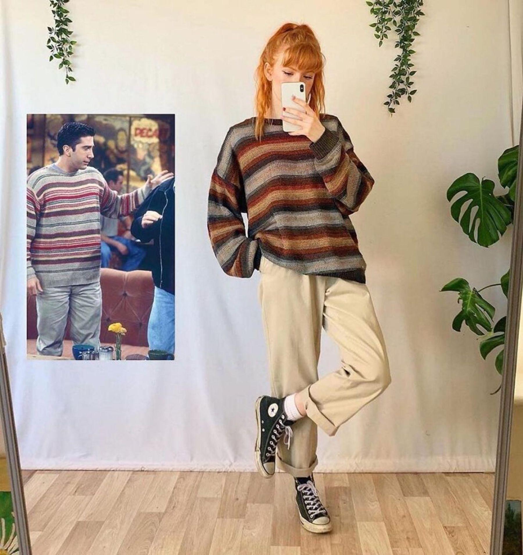 Giày converse cổ cao với quần baggy và áo nỉ