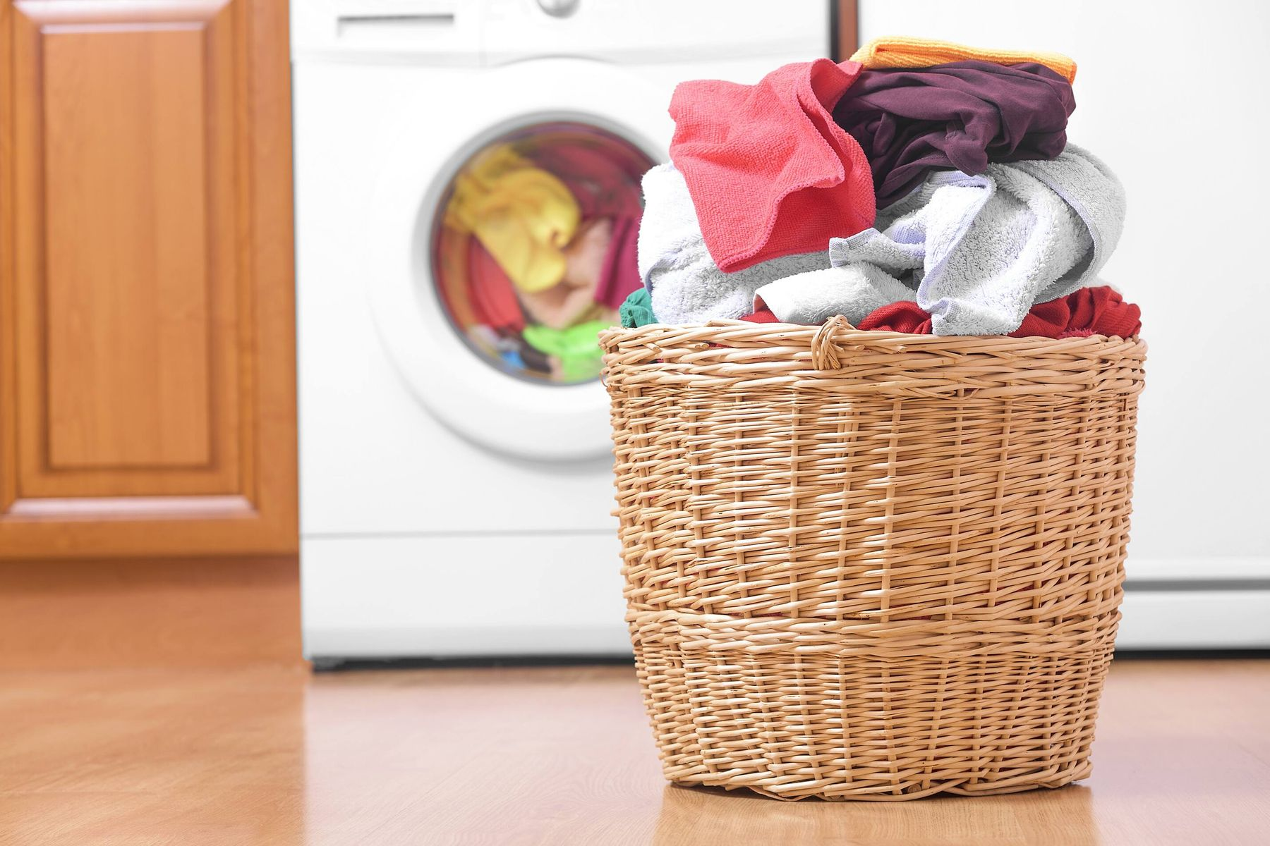 Clothes Getting Dirty After Machine Wash? Simple Fixes to Your Rescue!