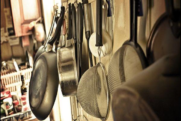 vệ sinh thiết bị nhà bếp