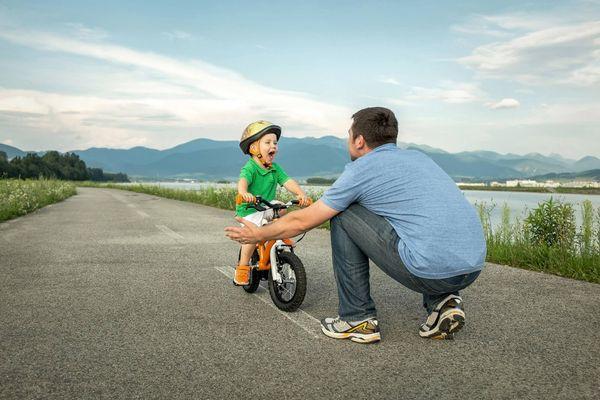 Hướng dẫn chọn mua nón bảo hiểm cho trẻ nhanh chóng và an toàn