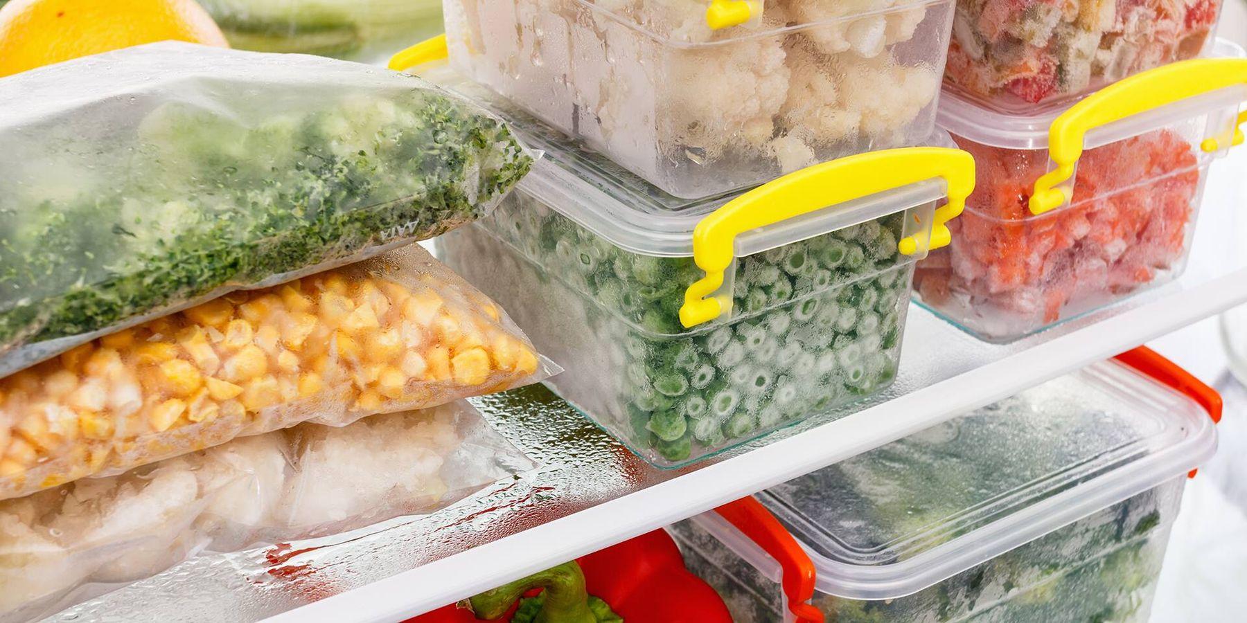 Cắt nhỏ rau củ trước khi cho vào tủ lạnh khiến chúng mau hư