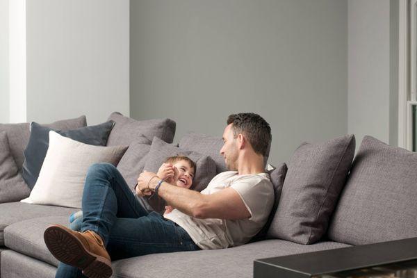 8 Nguyên tắc nuôi dạy con không đòn roi cha mẹ hiện đại cần nằm lòng