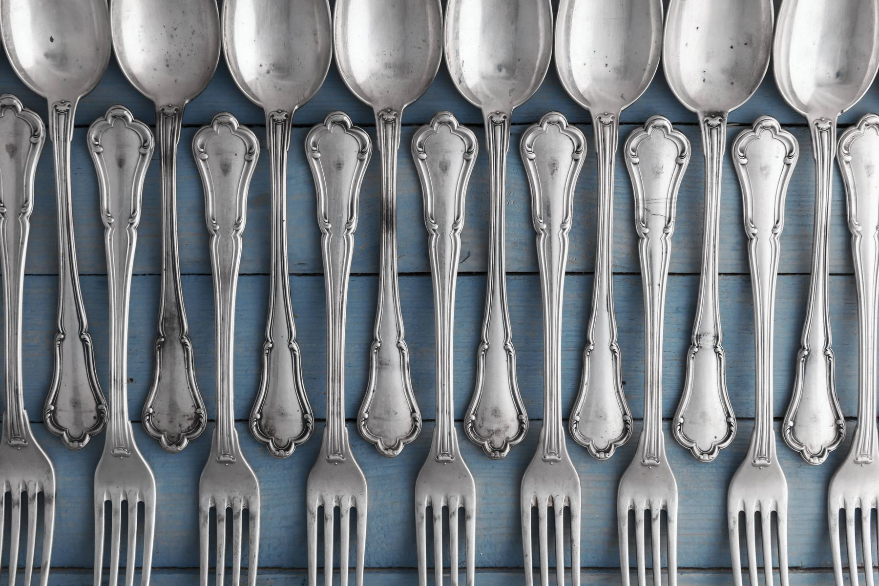 Things you should and should not do if you own a set of beautiful silverware