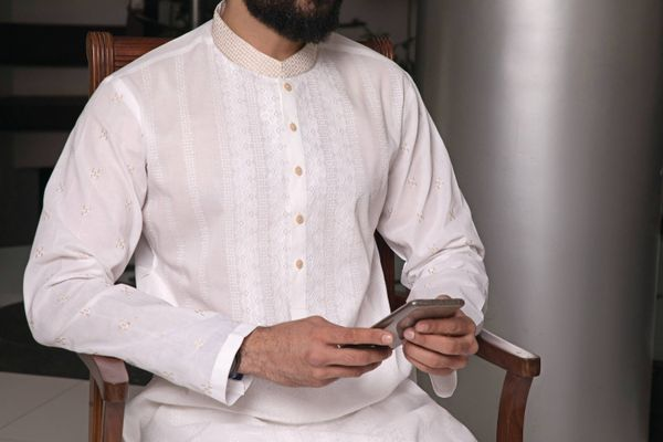 How to Wash your Cotton Kurtas | Cleanipedia