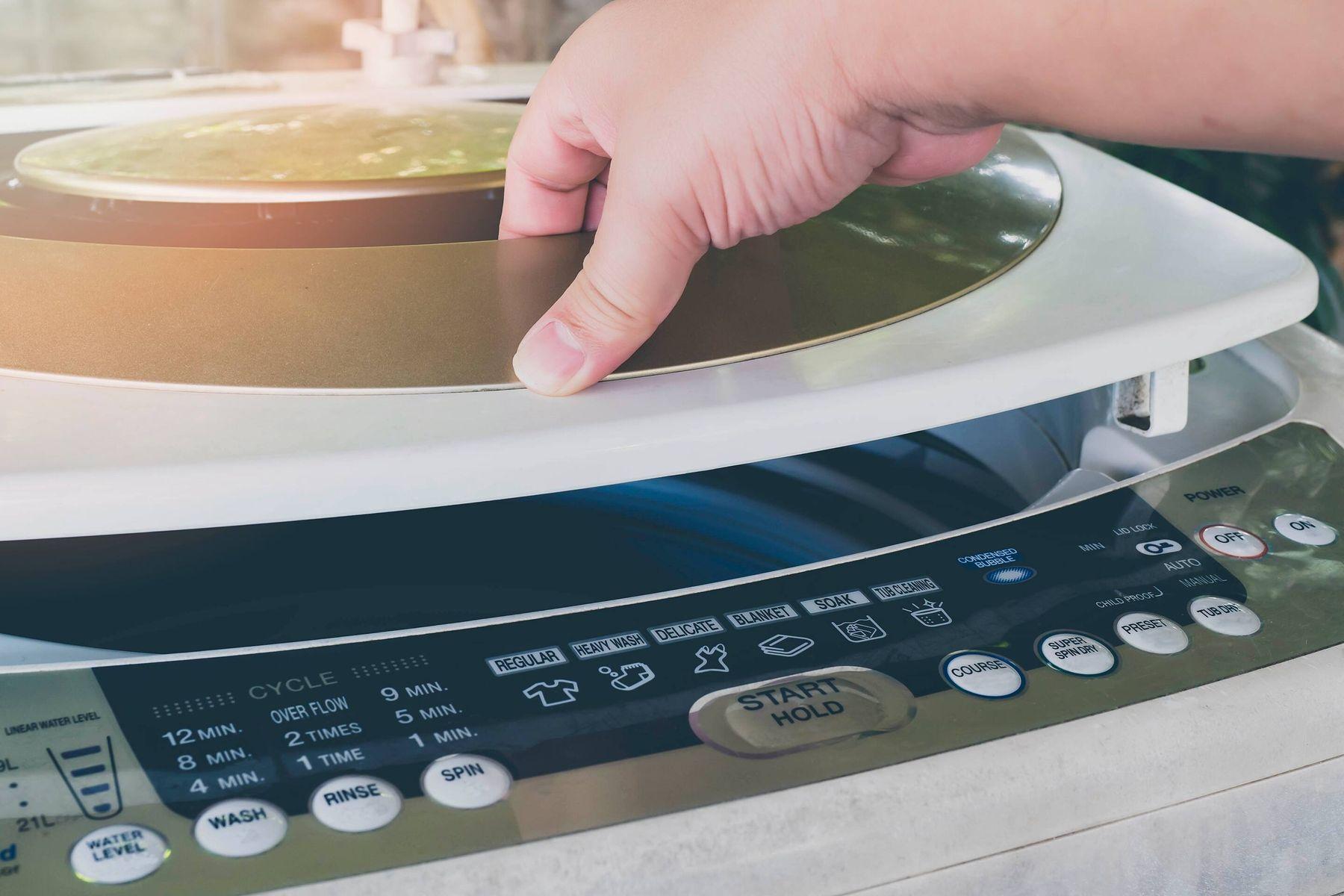 सेमी-ऑटोमैटिक वॉशिंग मशीन ख़रीदने से पहले जानिए ये जानकारी | क्लीएनीपीडिया
