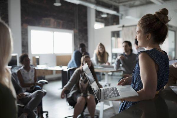 Những ai nên học khóa học kỹ năng giao tiếp?