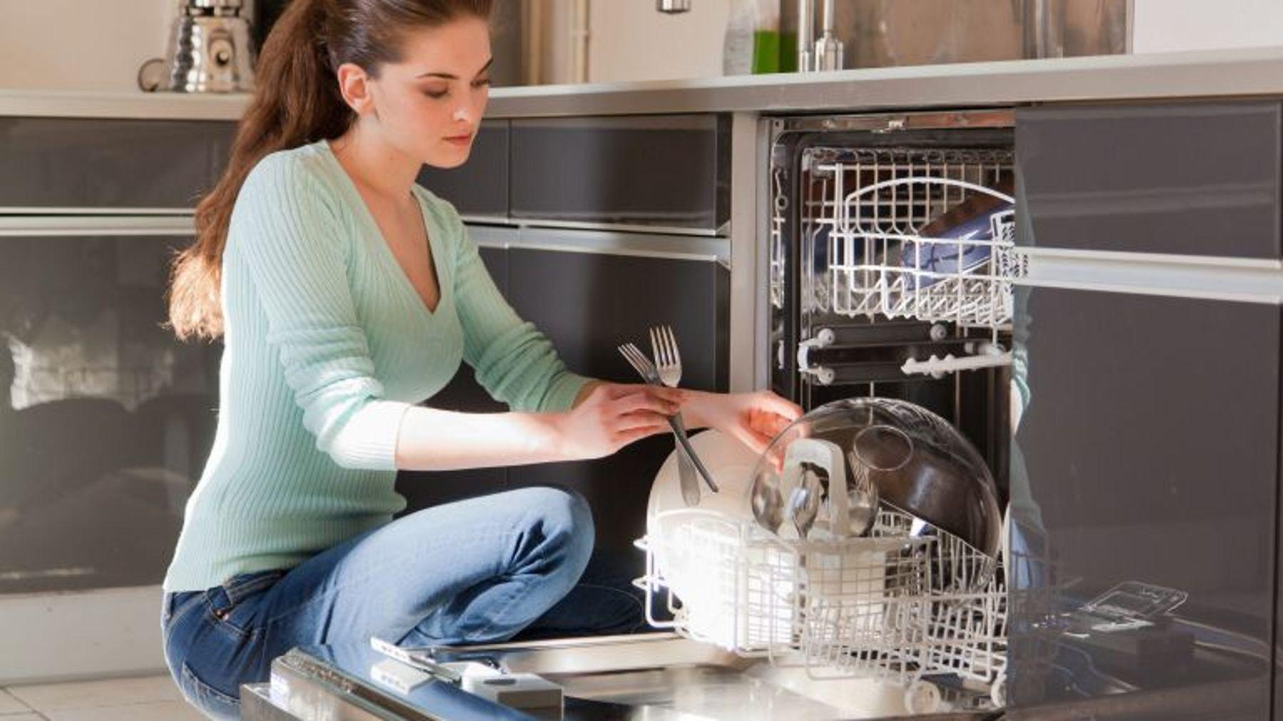 Máy rửa chén bảo vệ da tay cho chị em phụ nữ