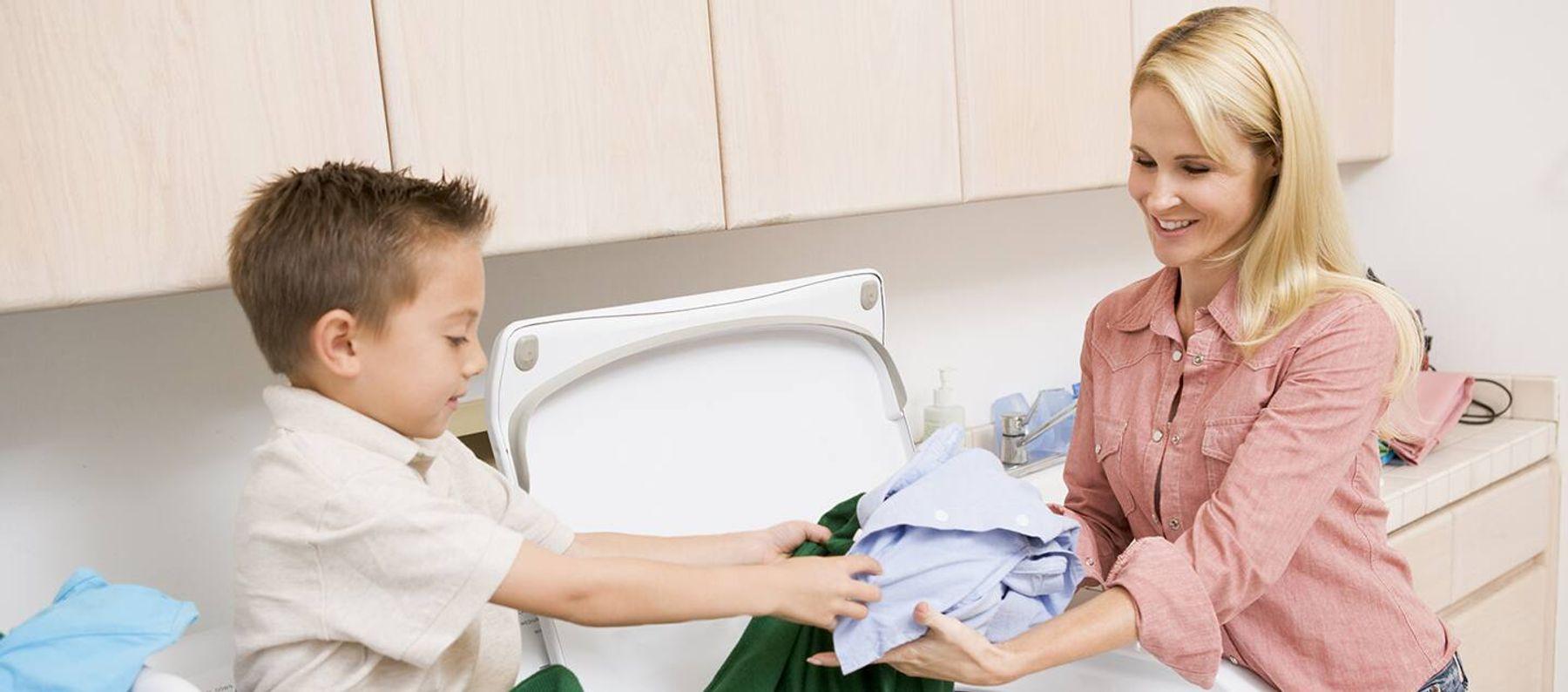 đặt máy giặt cửa trên ở nơi không ẩm mốc