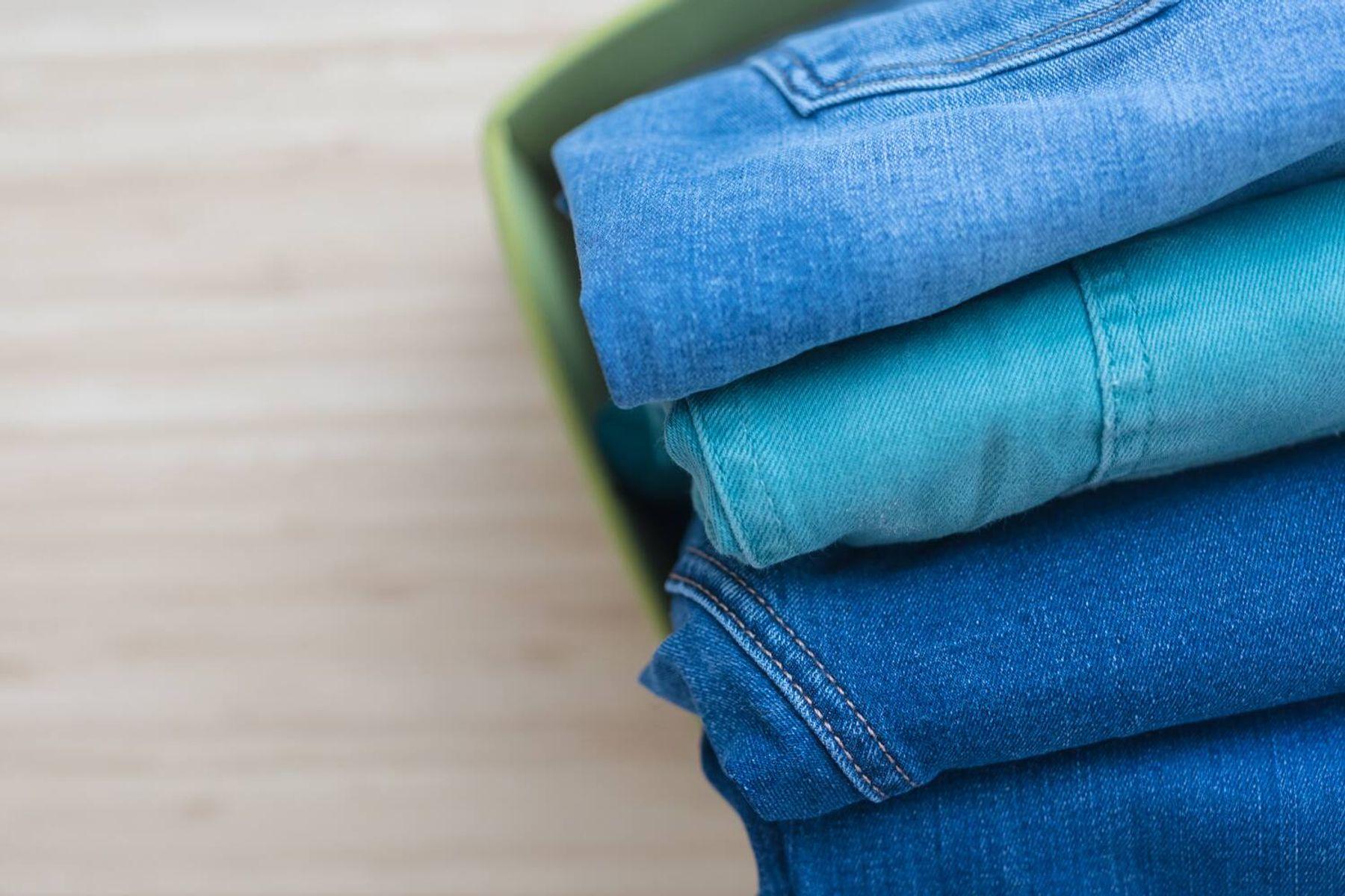 cách giặt khô tại nhà - phân loại quần áo