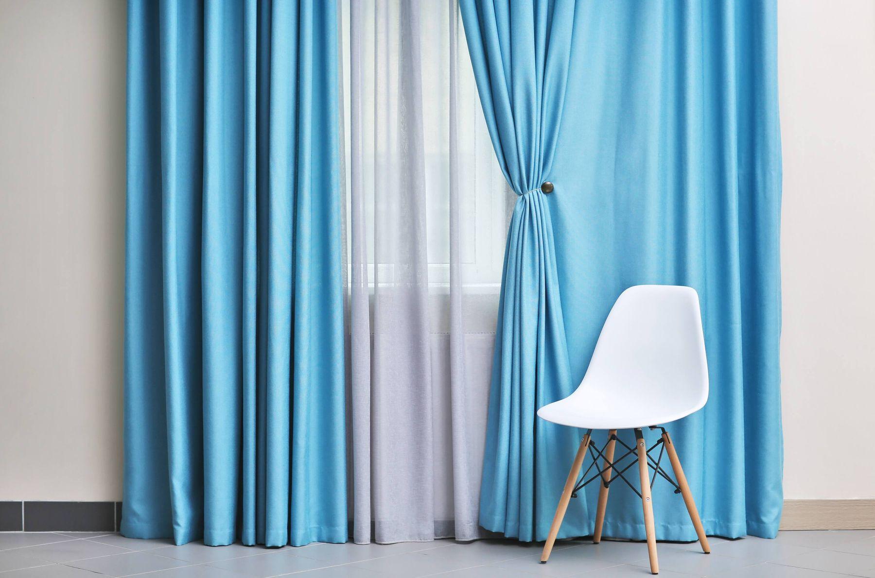 Cách giặt rèm cửa tại nhà đơn giản giúp bạn thảnh thơi choi tết