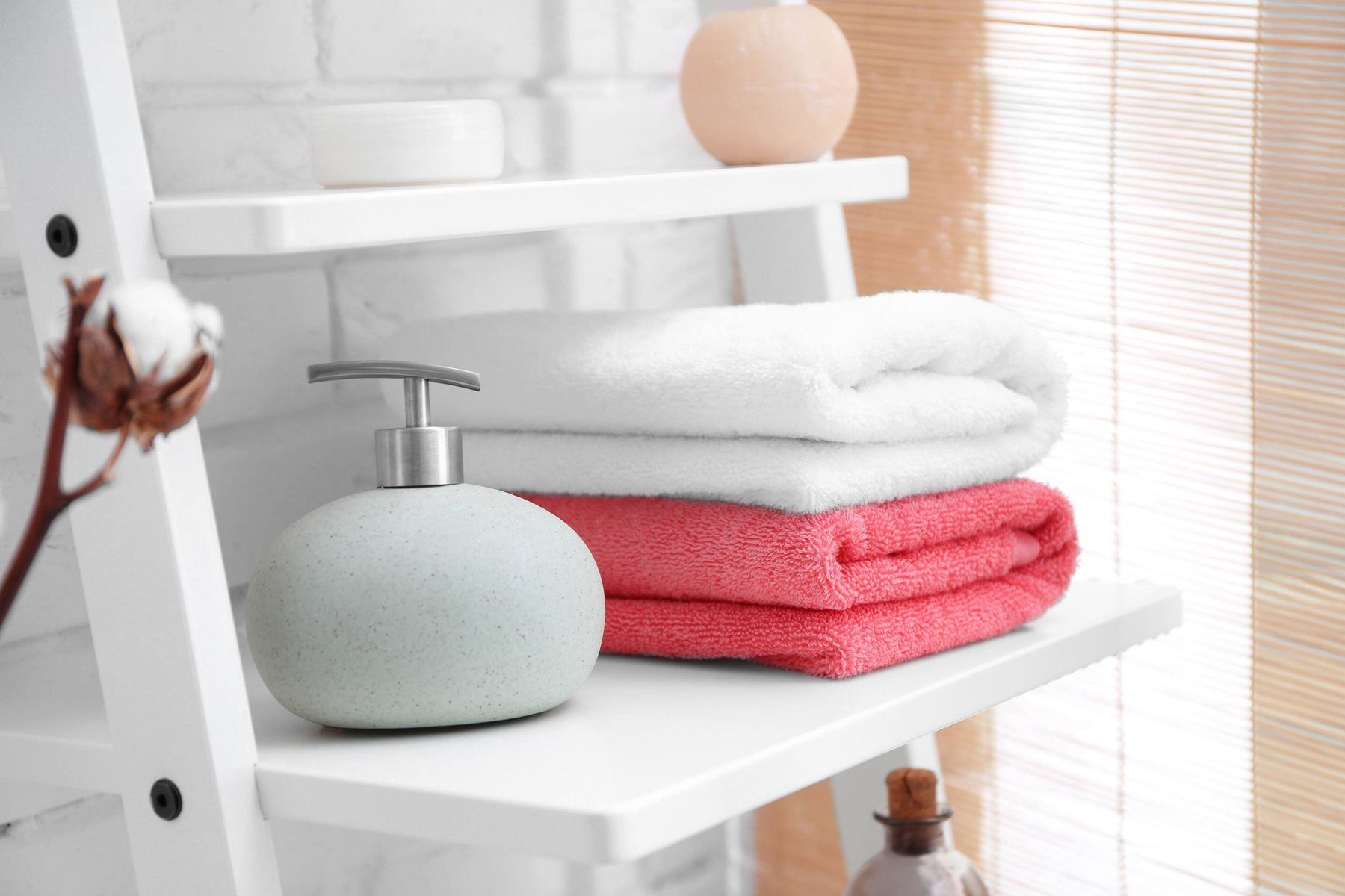 Are your towels losing their softness after washing in hard water? Follow these few hacks to get soft towels after every wash