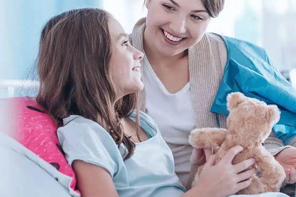 4 Ý tưởng tận dụng vật dụng gia đình làm đồ chơi cho trẻ