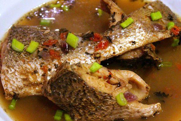 Cách bảo quản cá kho làng Vũ Đại