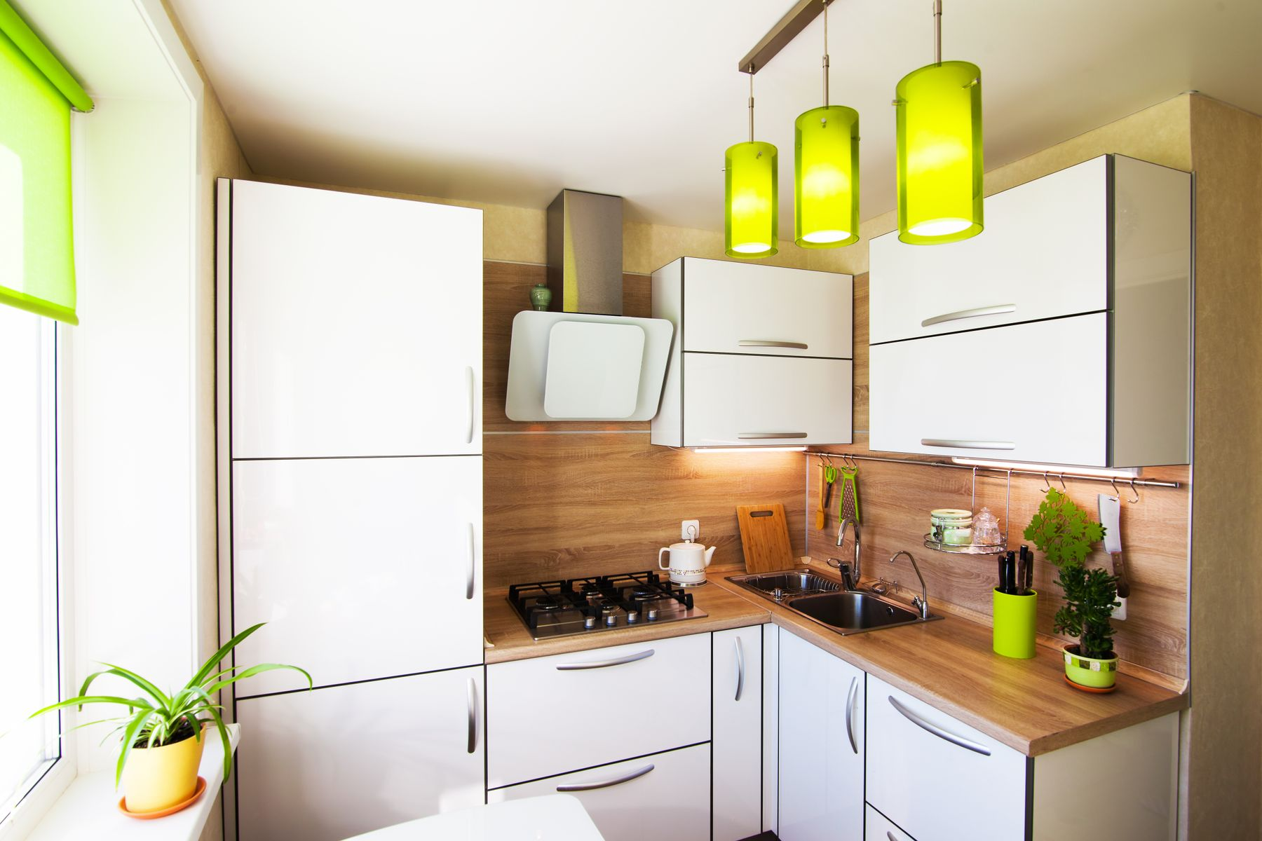 How to Clean Your Kitchen Walls Like a Housekeeping Expert shutterstock 381687835