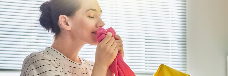 cách làm quần áo khô nhanh trong 5 phút