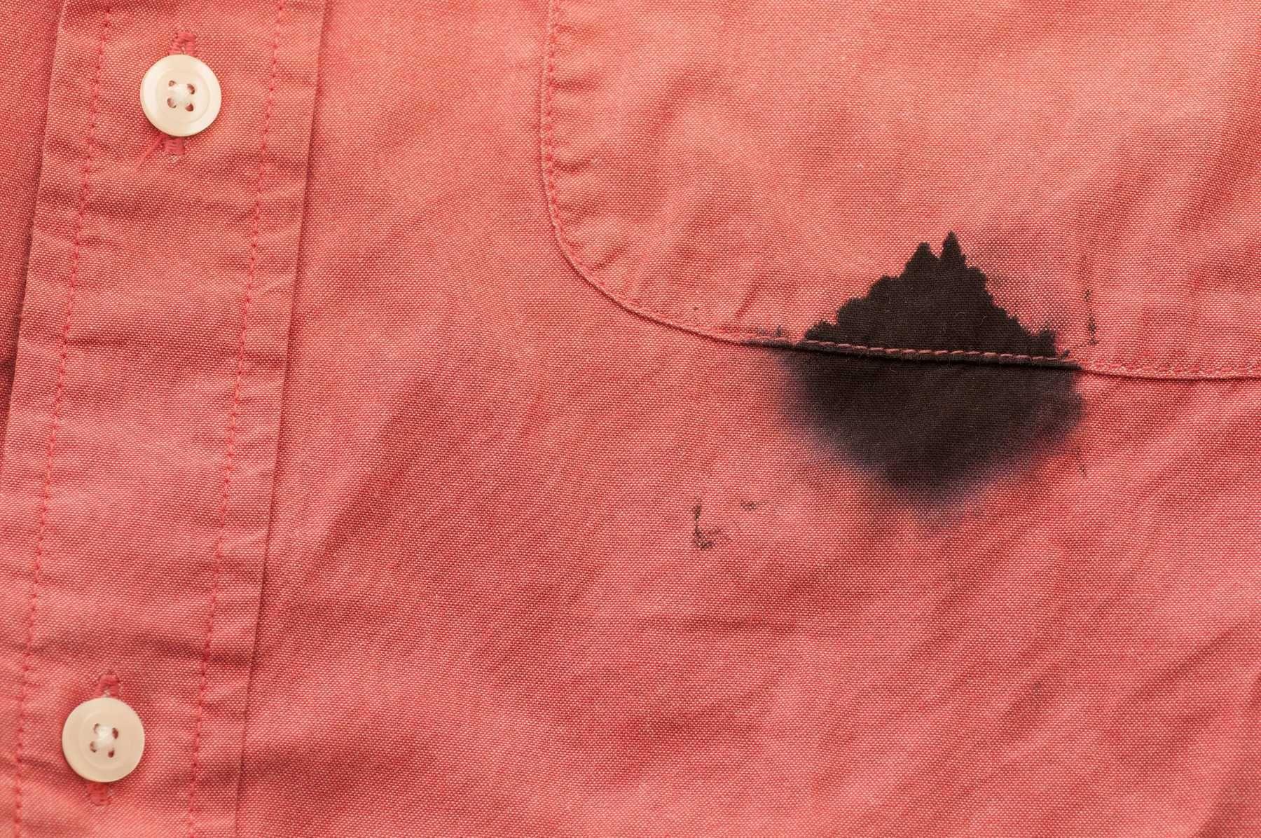 Xử lý sơ vết bẩn trước khi giặt