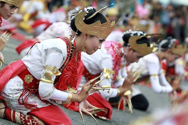 Mengenal Pakaian Adat Lampung Sebagai Warisan Budaya Indonesia