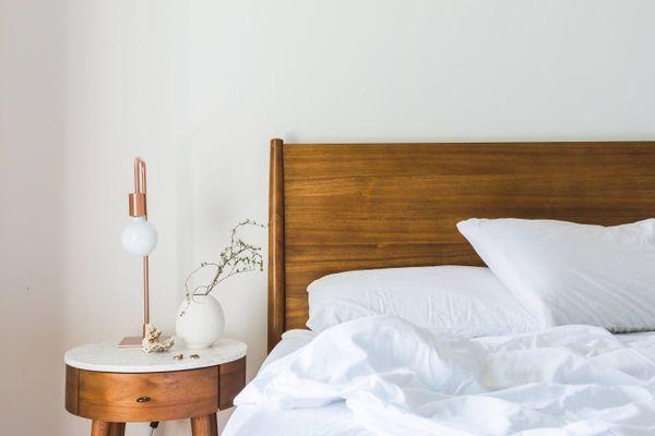 postel a povlečení