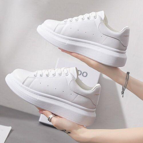 Cách vệ sinh giày Sneaker đúng cách
