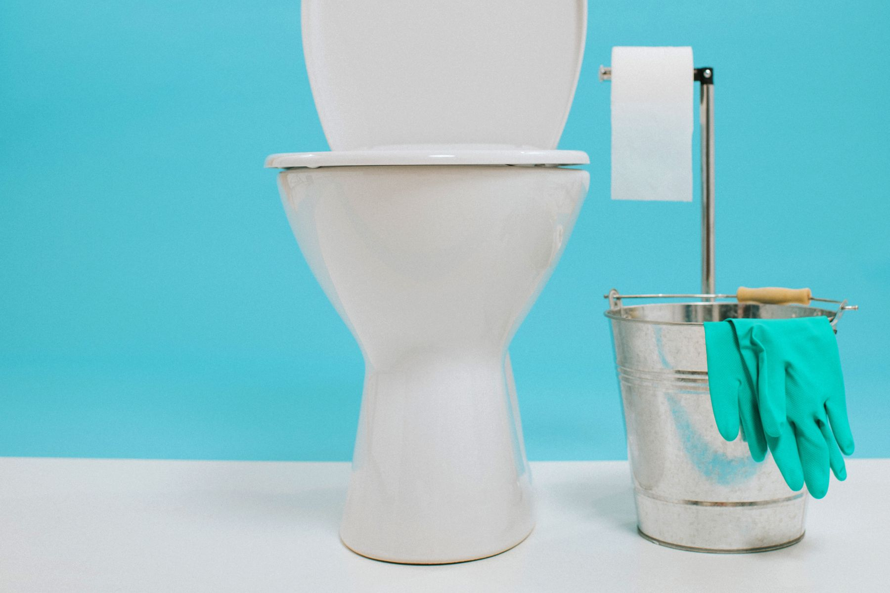limpiar-el-inodoro