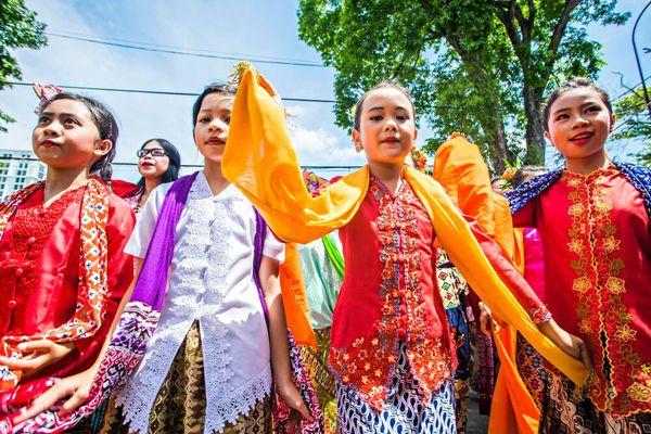 Mengenal Pakaian Adat Sunda untuk Semua Kalangan