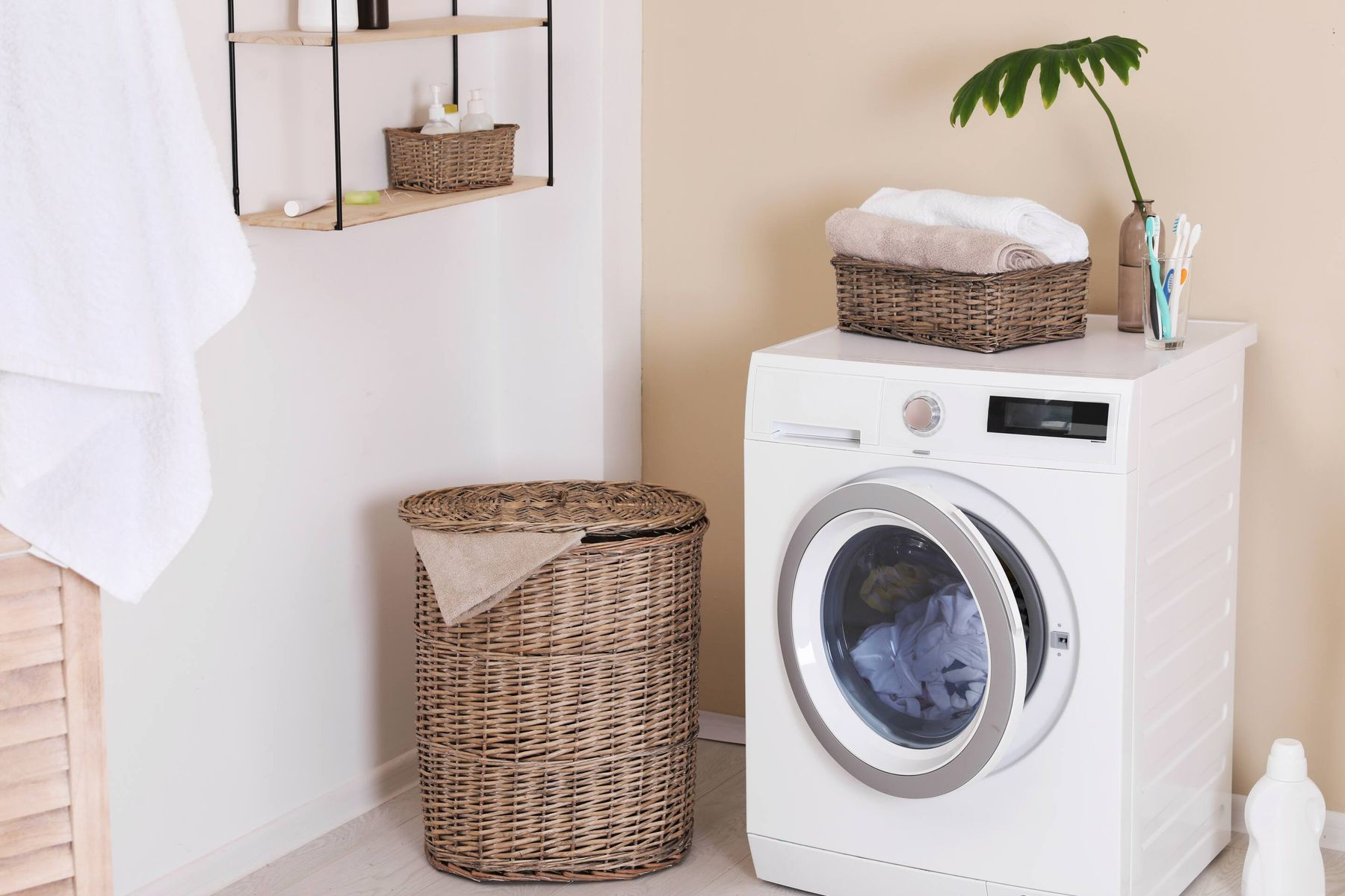 Why Machine-Washing Your Clothes is Better Than Hand-Washing Them