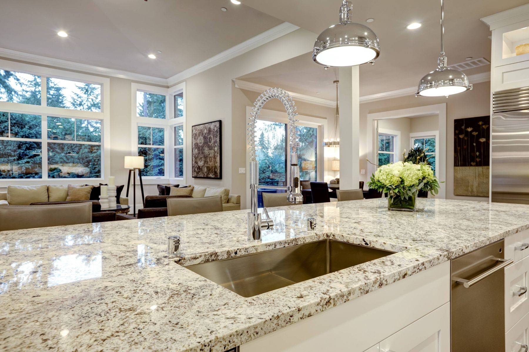 check out how you can avoid chipping of your shiny granite kitchen countertop