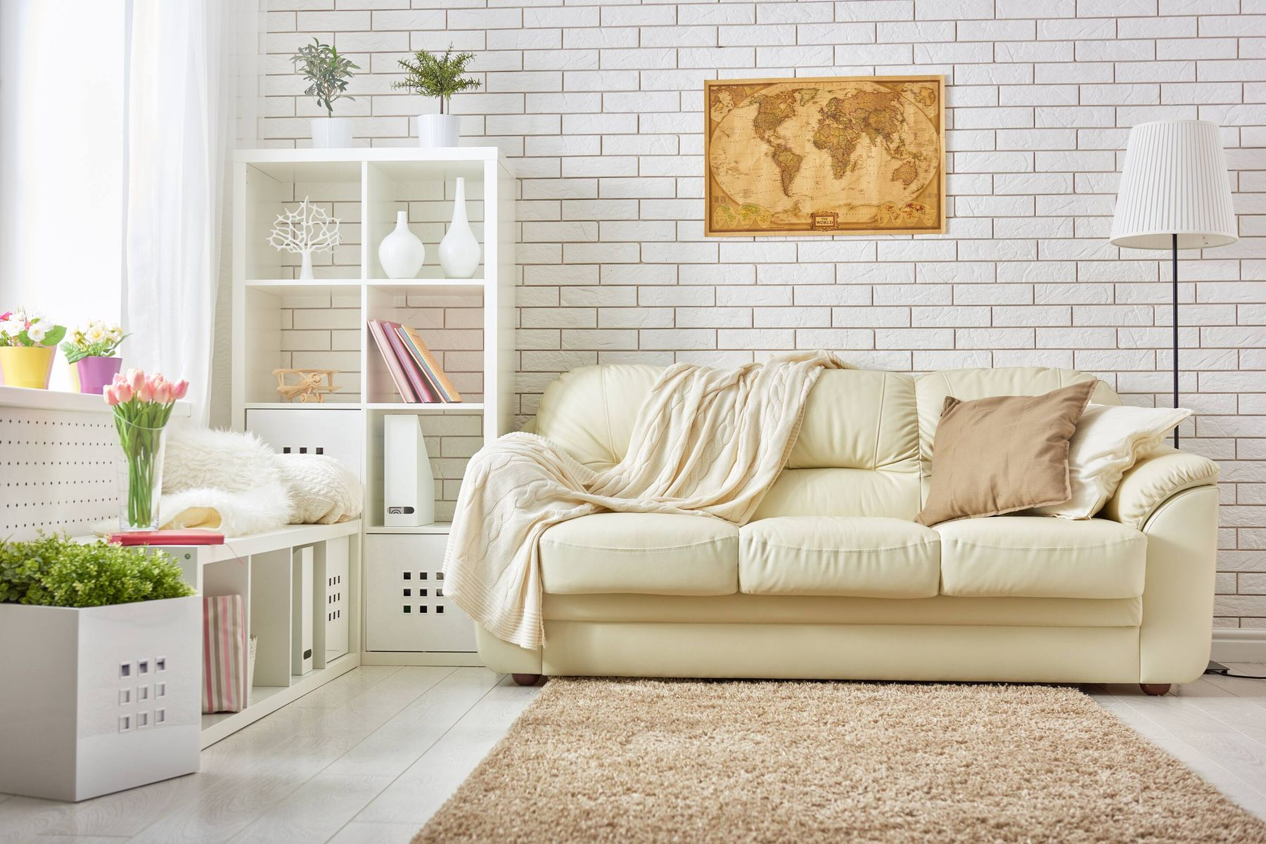 How to Remove Wine Stains from White Sofa | Cleanipedia