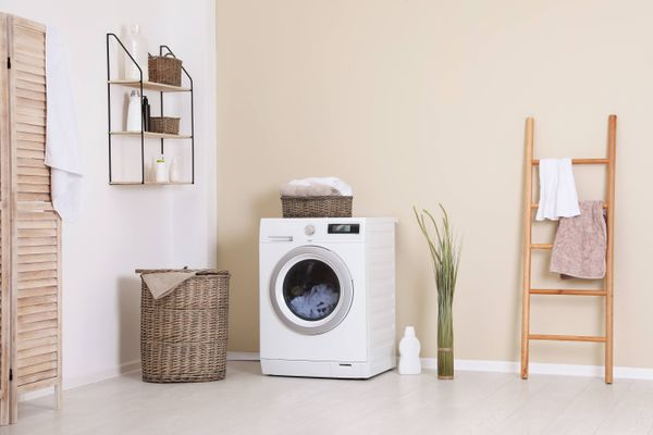 How to Remove Washing Machine Stains from Floor | Get Set Clean