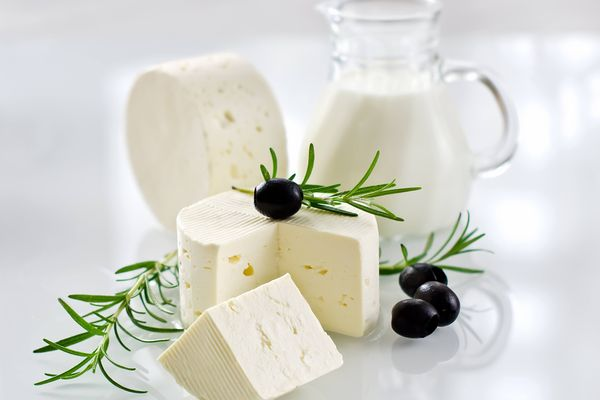 How to Make Paneer at Home with Spoiled Milk | Cleanipedia